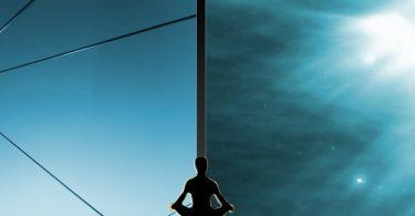 Warum sich ein meditativer Mensch in der Welt oft gespalten fühlt