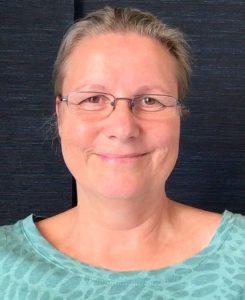 Samarpan P. Powels-Böhm, Herausgeberin von FindYourNose, Online Magazin für Meditation