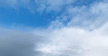 Nichts tun und in die Wolken schauen