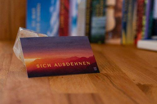 Sich ausdehnen - alterslos Meditationskarten